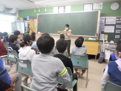 日本画を見よう 6年生 11月10日(火)