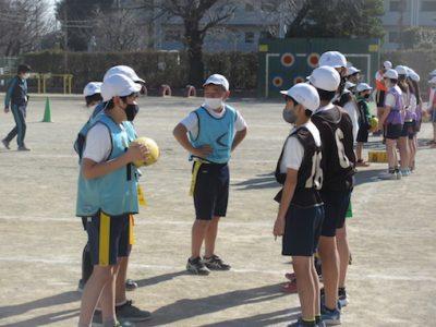 6年生 体育 タグラグビー