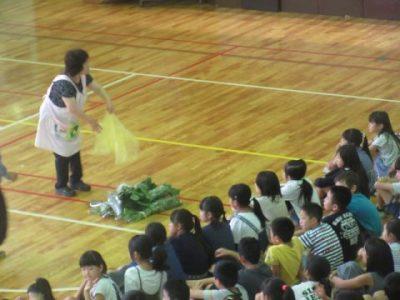 3年生 枝豆取り 7月16日(火)