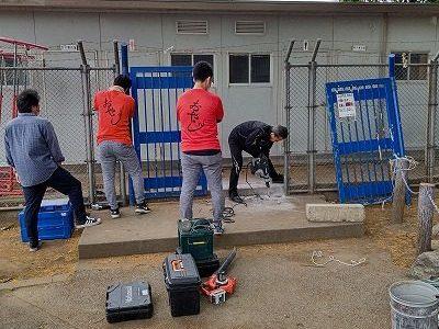 プール門柱の修理(おやじの会)5月16日(日)